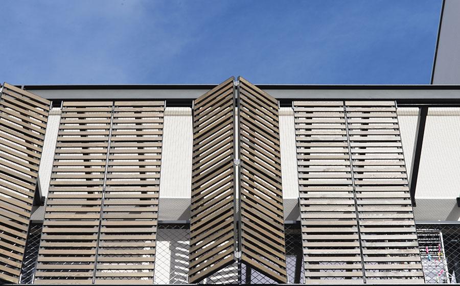 Flore et sens – résidence – appartements – immeuble – collectif – volets bois – terrasses – logements sociaux – bailleur Batigère – label BBC - Effinergie - bâtiment basse consommation – Haute qualité environnementale - Eco-quartier - Kaufman &  - Carré d'Arch Architectes Associés